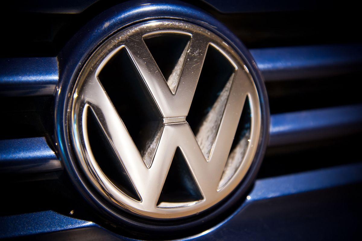 DAX schwächer, VW & COCA-COLA | BÖRSENKOMPASS am Morgen